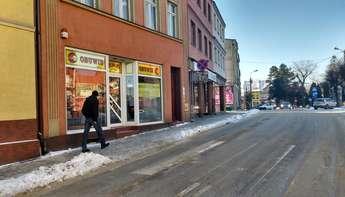 Lidzbark:  Do wynajęcia lokal handlowy o pow. 70m2 w centrum Lidzbarka, przy ulicy Kościelnej.